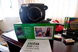 2010-03-29-Instax-4